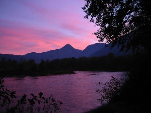 peaceful river scene at night, in Washington state - Photo by Strychnine