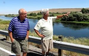 on banks of Yakima River, Washington state